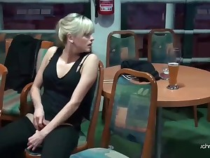Amateur blonde chick masturbates in the public place