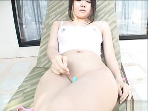 Chihiro Kawaoka Asian chick fondles her shaved pussy