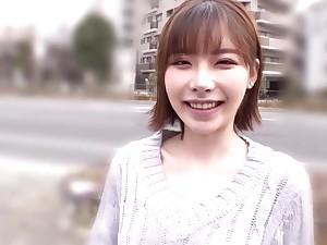 Freaky Japanese Babe Invites Casual Man Handjob In Van