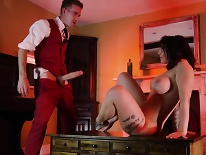 Hotel guest spreads legs of a lucky lackey with a huge penis