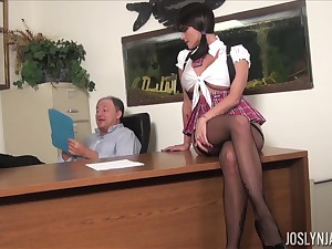 Brunette MILF surrounding miniskirt Joslyn James fucks hard doggy climate