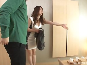 Well built JApanese amateur MILF Sonoda Mion rides a big locate
