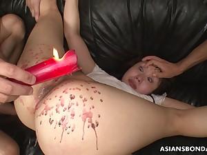 Eri Makino likes to mix pain and admiration quite