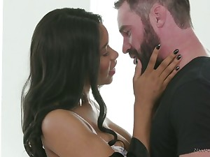 Alluring nicely shaped masseuse Jenna Foxx rides all lubed dude on acme