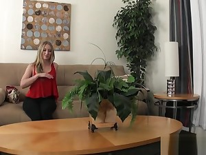Office tiro pussyfucked in a sexaudition