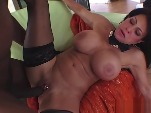 MILFGonzo Teri Weigel loves just about gobble up BBC