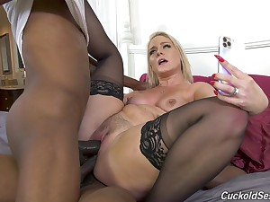 Perfect display of mommy going inky and fucking in DP