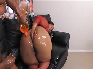 Black BBW hardcore porn video - they oiled in the air their way ass!