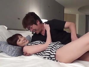 Japanese wife works magic on cock to the fullest extent a finally being taped there nigh unto