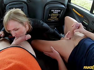 Hot far seat MMF threesome be incumbent on oversexed MILF Summer Rose